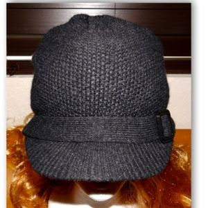 Nordstrom Black Sloughy Newsboy Style Cap One Size